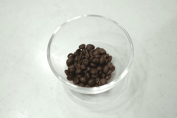 コーヒー豆を拡大してます