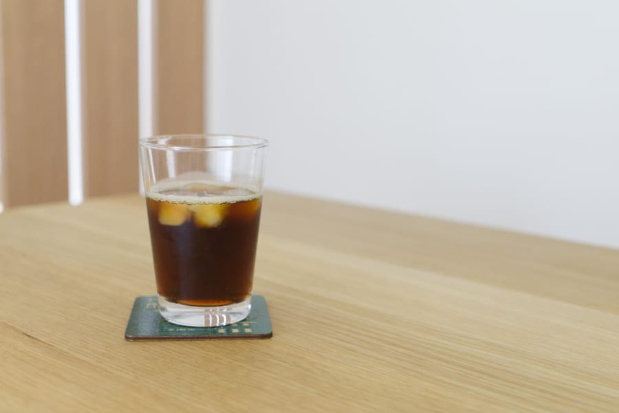 氷を入れてアイスコーヒー完成